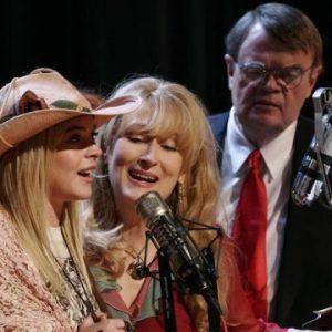 Meryl Streep Lindsay Lohan e GK cantano in Radio America